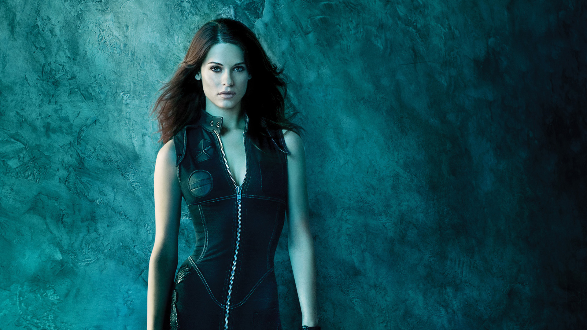Quelle: http://defwalls.com/wallpapers-n/brunettes-women-actress-celebrity-Lyndsy-Fonseca-science-fiction-_1769-44.jpg